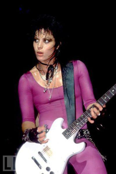 ����� ����� (Joan Jett), 53 ����, �������, ���-��������, ����������, ����������, �������� � ����� �����, ���������� ����������� � ������� ������ The Runaways.