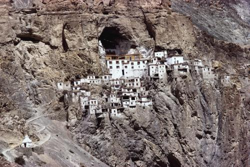 Гомпа Фуктал, Индия / Phugtal Gompa, India