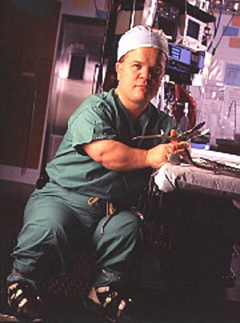 ortho surgeon Midget