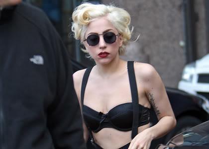 В интервью телеведущему Ларри Кингу знаменитая Леди Гага (Lady Gaga) заявила, что анализ на волчанку дал положительный результат, однако врачи диагностировали лишь «пограничное состояние».