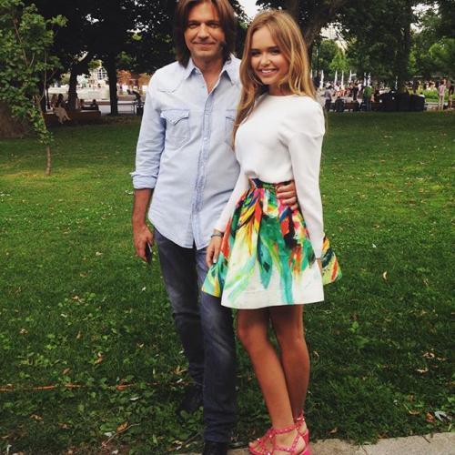 Стефания Маликова15-летняя дочка исполнителя, композитора и продюсера Дмитрия Маликова Стефания — настоящая красавица.