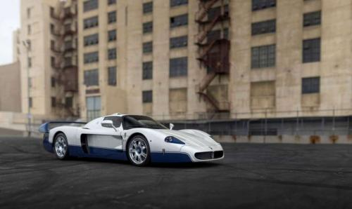 14. 2005 Maserati MC12-1.���� �� 50 ��������� ����������� � �������� 770 ����������.