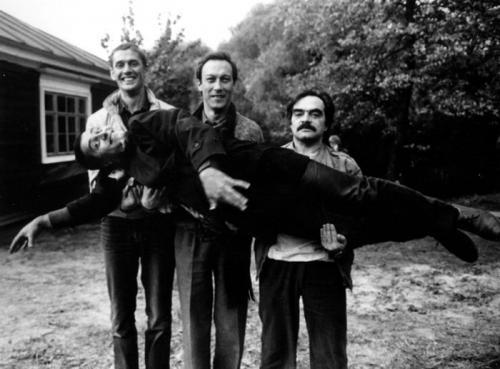 Редкие фотографии советских знаменитостей, страница 4 ...: http://www.topnews.ru/photo_id_9092_4.html
