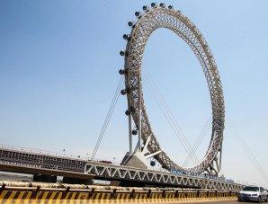 В Китае появилось первое безосевое колесо обозрения