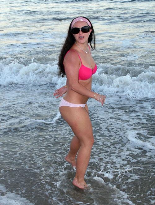 девушки без нижнего белья фото видео на пляже
