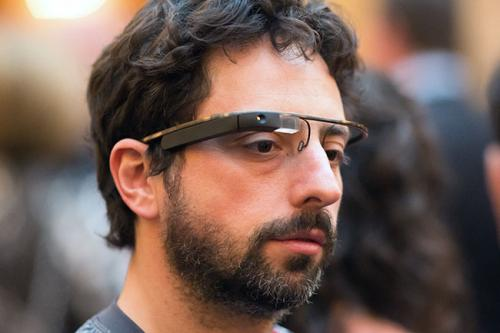 Сергей БринМесто в рейтинге Forbes 400: 14Состояние: $24,4 млрдДоверив бразды правления Google Пейджу, Брин сосредоточился на развитии специального подразделения Google X, которое занимается такими проектами, как автомобиль, способный ездить без водителя, и знаменитые очки дополненной реальности Google Glass (сам Брин не расстается с гаджетом ни на минуту).