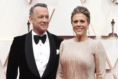 Не щадит никого: знаменитости, которые заразились коронавирусом