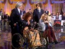 Пугачёва и Леонтьев в инвалидных колясках исполнили песню дуэтом