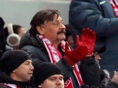 Дмитрий Назаров спел про футбол и коронавирус