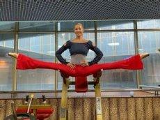 Анастасия Волочкова показала эффективное упражнение на растяжку