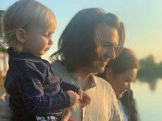 Маликов показал балетные успехи двухлетнего сына