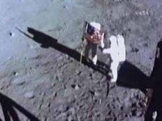 В NASA стерли оригинальную запись высадки на Луну. Но Голливуд сделал новую - еще лучше