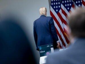 Трамп жестко осадил журналистку из-за вопроса о коронавирусе