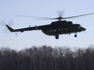 Вертолет Ми-8 совершил жесткую посадку на Чукотке