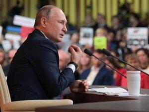 Политолог объяснил страх перед брошенной ручкой Путина