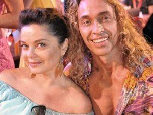 Королевой и Тарзану предложили работу на ферме
