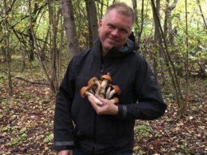 «Любимый журналист Путина» попал в COVID-отделение, отравившись грибами