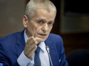 Онищенко выступил за снятие ограничений в Москве