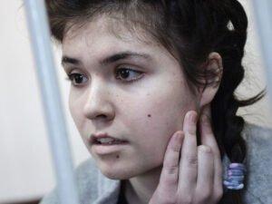 МВД просит запретить Карауловой выходить по ночам