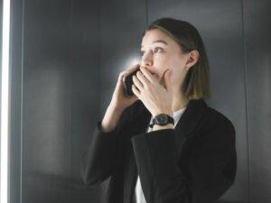 Эксперты: коронавирус распространяется через дыхание и разговоры