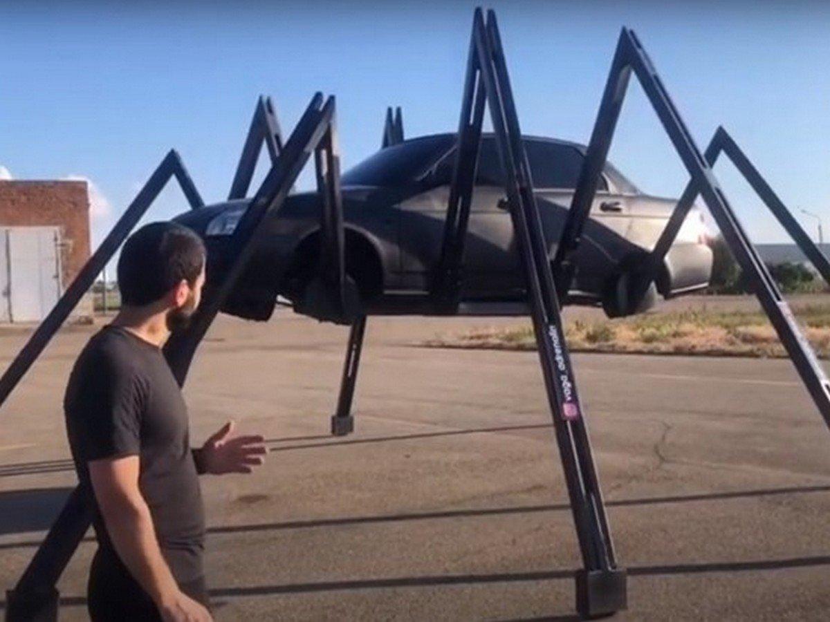 Россиянин превратил «Ладу Приору» в паука