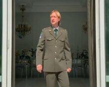 Евгений Плющенко снялся на видео в военной форме