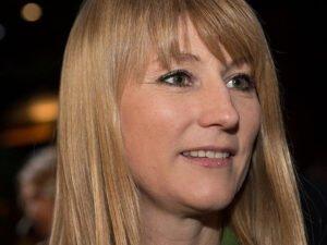 Депутат Журова покаялась в эротической фотосессии в